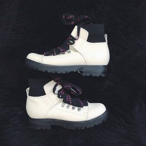 Dolce Vita white Leather Hiker boots size 6.